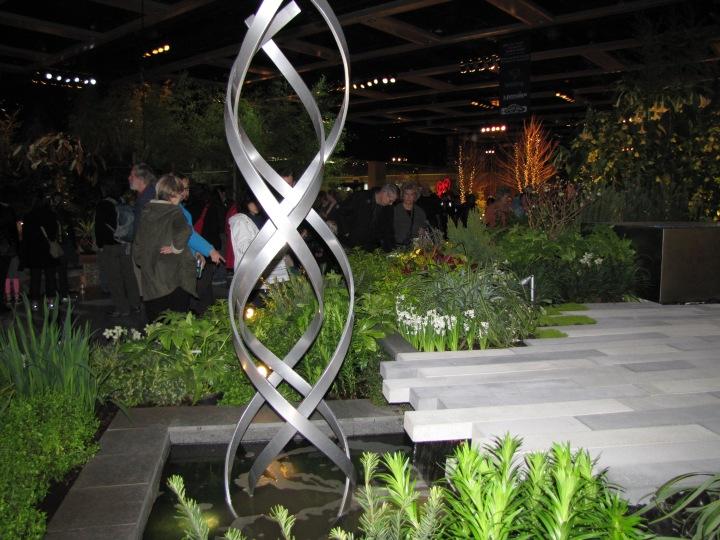 Kismet by Terra Sculpture